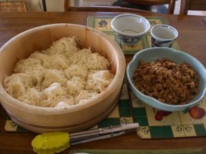 Somen and miso pork