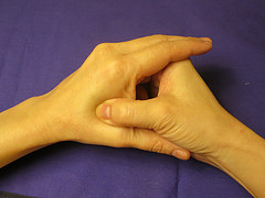 pressure point in hands