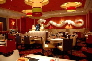 Modern-Asian-Restaurant-Interior-Design-of-Wazuzu-at-Encore-Las-Vegas-Main-Dining-620x411