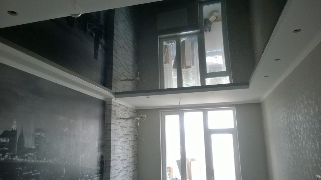 Good The Function Of Mirrors Is Reflection. For Example, There Are Times In  Interior Design Where A Mirror Will Be Placed Adjacent To A Large Sunny  Window.