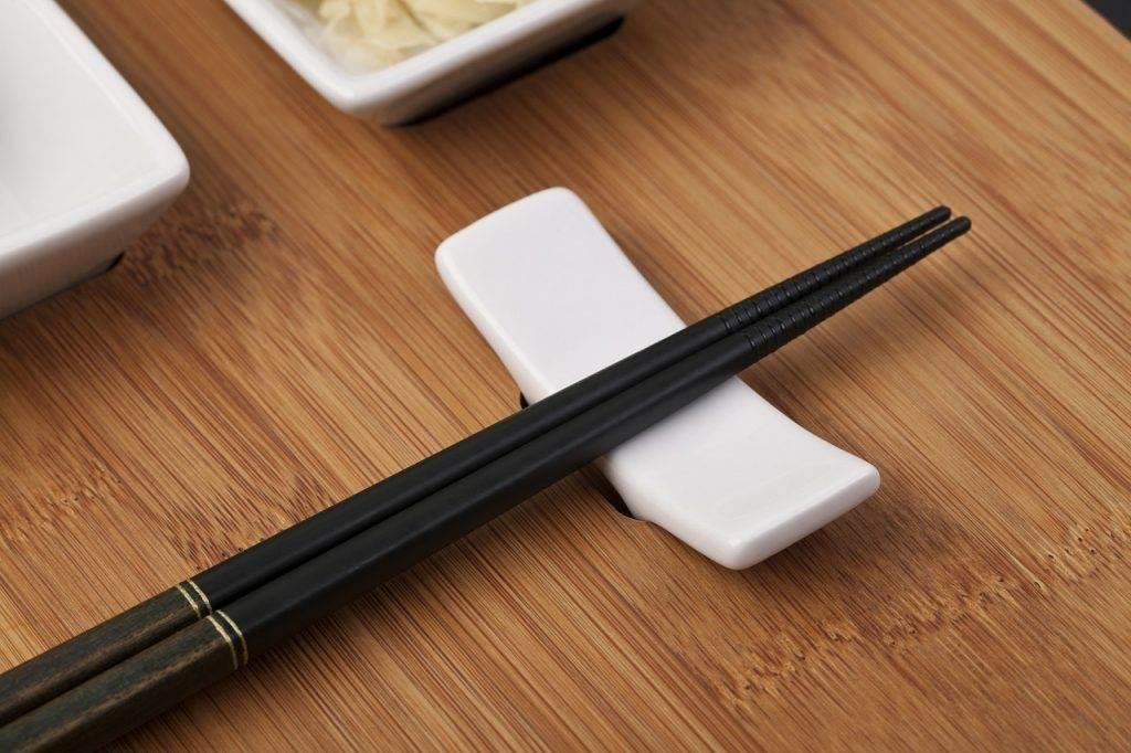 chopsticks, sushi, fish