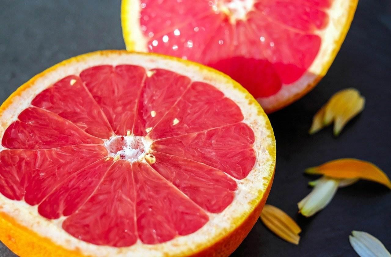grapefruit, cross section, half
